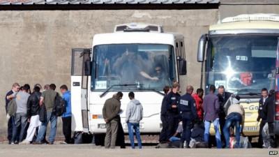 2014-07-02_Calais_rafle_de_migrants_salam_expulse